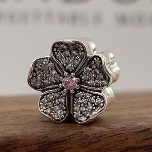 Pandora Sparkling Apple Blossom #791831NBP